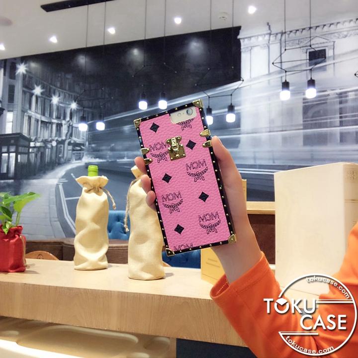 新作 iphone7ケース ネックストラップ エムシーエム