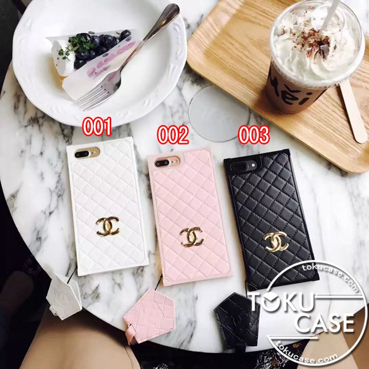 CHANEL iphone8 カバー